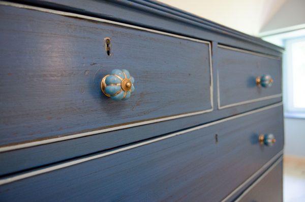 meuble-bleu-ocean-patine